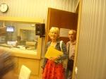Ивана и Жора влизат в Студиен комплекс 10АБ (на пулта - А.Манукян)